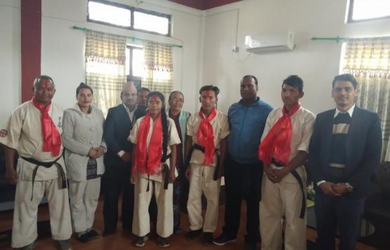 इण्डो नेपाल क्योकुसीन कराते व्रज च्याम्पियनसिप २०१७ का विजेता खेलाडीहरुलाई पुरस्कार र सम्मानका केही झलकहरु